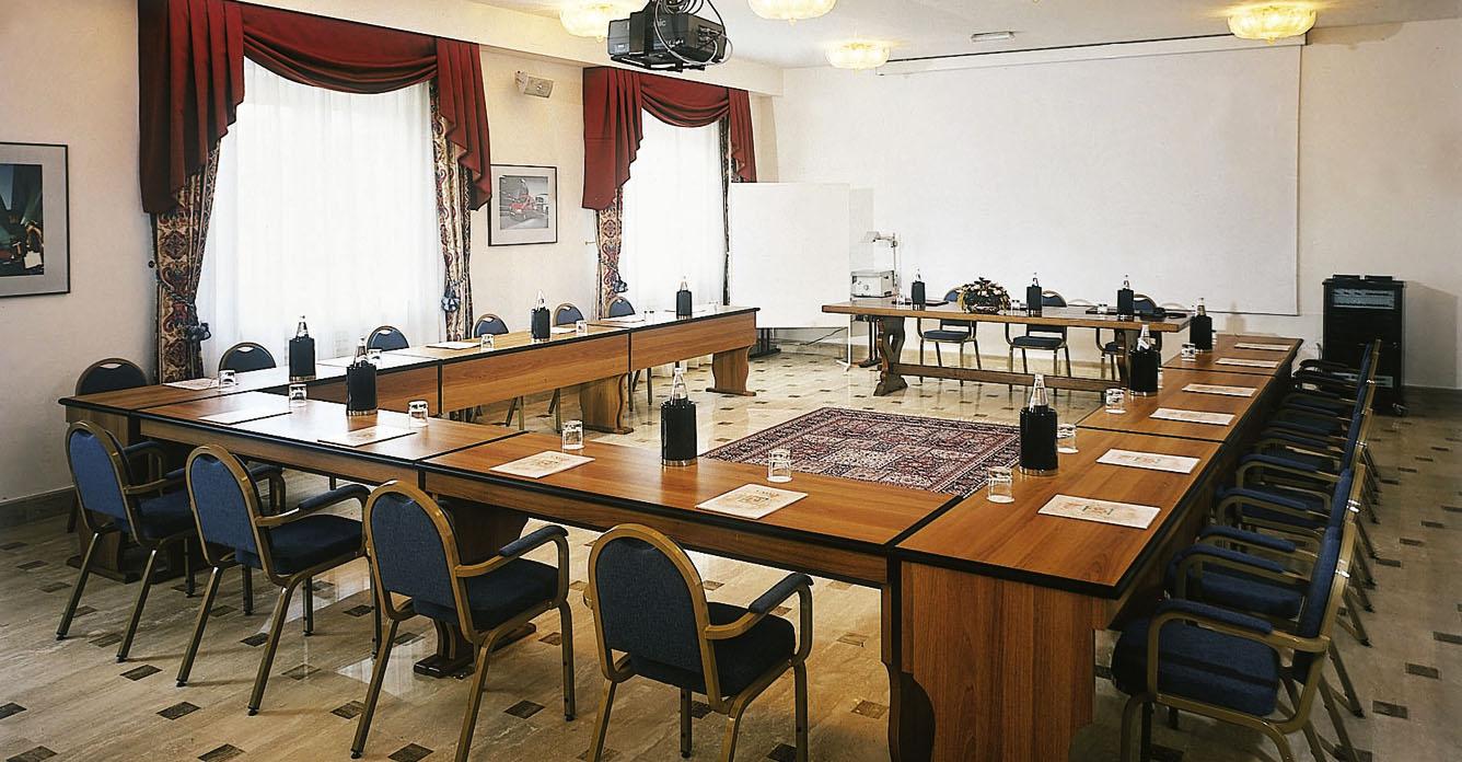 meeting-031